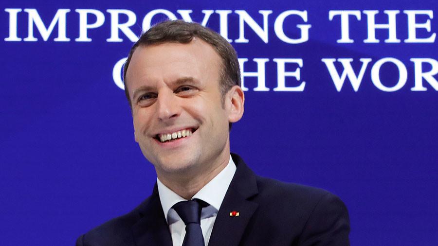 Ennéatype : M. Macron – TROIS µ